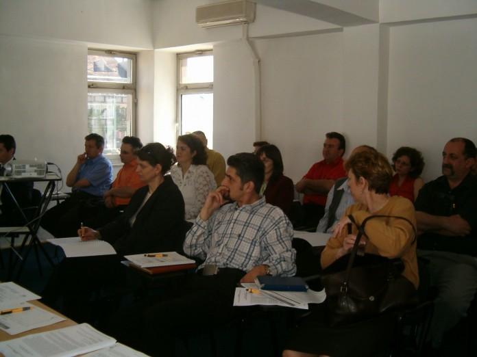 Peste 200 de programe de formare profesională gratuite, la nivel naţional