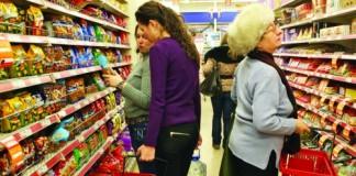 Majoritatea magazinelor au program prelungit între 1 şi 3 mai