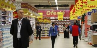 INS: Scumpirile au anulat orice creștere a veniturilor salariale în februarie