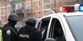 23 de percheziții la locuințele unor suspecți de evaziune fiscală în beneficiul unei mănăstiri