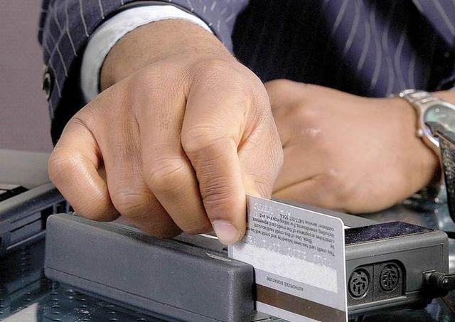 Plata cu cardul American Express, acceptată de încă o bancă din România