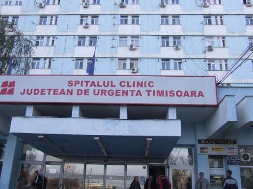 Timișoara: Judecător, internat cu arsuri după ce ușa apartamentului i-a fost incendiată