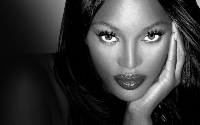 La mulţi ani, Naomi Campbell!