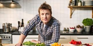 Jamie Oliver, bucătarul dezbrăcat