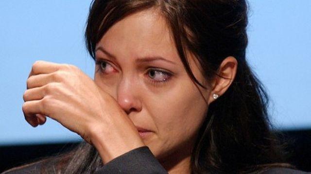 Mătușa Angelinei Jolie a murit. Cancerul mamar a răpus-o