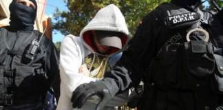 Călărași: 12 bărbați, reținuți pentru proxenetism, după ce au racolat fete pentru Italia