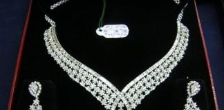 Bijuterii de un milion de dolari, destinate actrițelor de la festivalul de la CANNES, furate