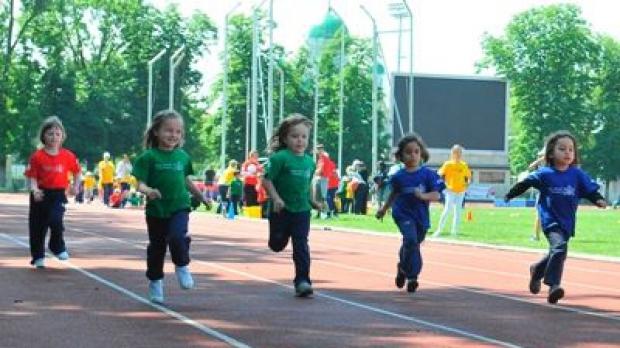 Tocală: Vor fi 30 de minute de sport la grădiniţe, iar orele de sport în şcoli vor fi dublate