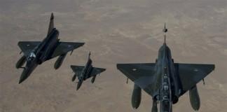Franţa intenționează să-şi înlocuiască toate avioanele de luptă cu drone