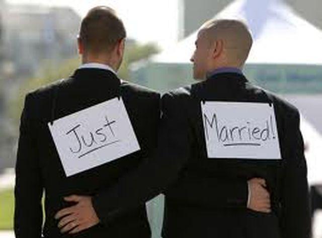 Protest violent la Paris împotriva căsătoriilor gay