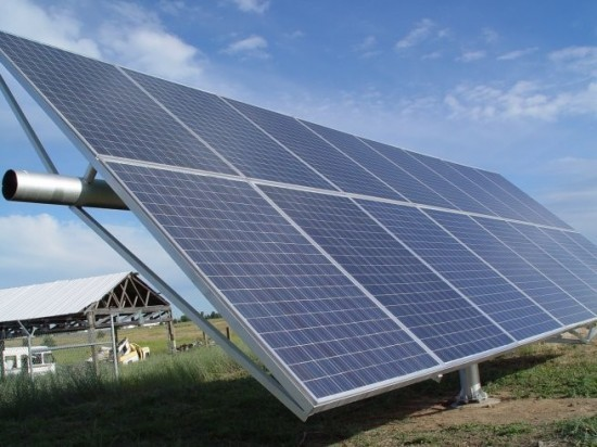 Unitățile de învățământ din Sectorul 1 al Capitalei, iluminate prin panouri cu celule fotovoltaice