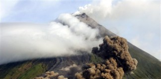 Erupție puternică a unui vulcan din Filipine: Cinci persoane au decedat, iar şapte au fost rănite