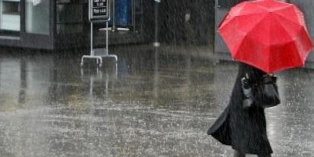 ANM: Ploi torenţiale, grindină şi vijelii, de joi dimineaţă, în toată ţara