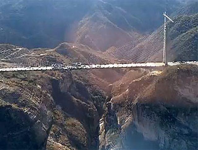 Turcia va construi cel mai lat pod rutier suspendat din lume