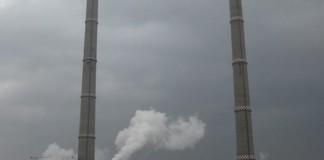 Cinci localităţi și traficul pe DN 67, afectate de poluarea cu cenuşă de la Termocentrala de la Halânga