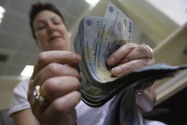 Ponta: Decizia privind reducerea CAS va fi luată în toamnă