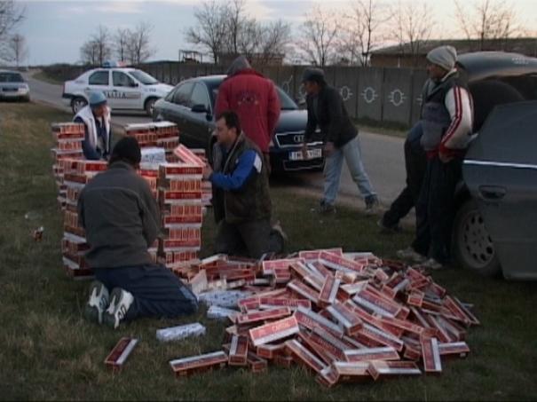 SUCEAVA: Focuri de armă pentru prinderea unui contrabandist de ţigări