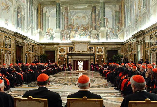Control la Banca Vaticanului, care se află în centrul unor tentative de spălare de bani