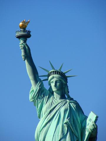 Ce reprezintă Statuia Libertăţii?