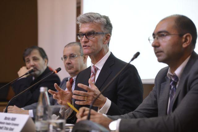 Rată de absorbție de 30% pe acordul de garantare JEREMIE pentru IMM-uri