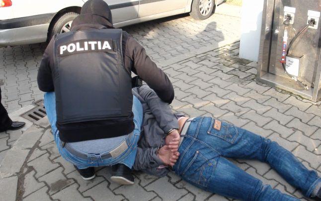 Trafic de canabis din Serbia în România: 6 persoane au fost reţinute