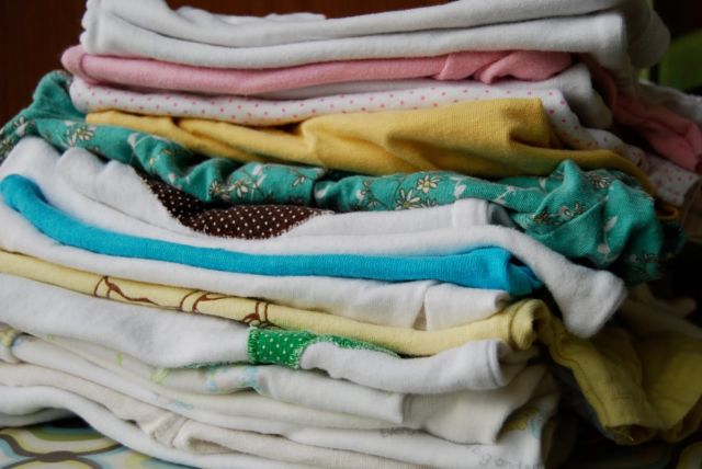 Eveniment caritabil de colectare de haine pentru persoane defavorizate
