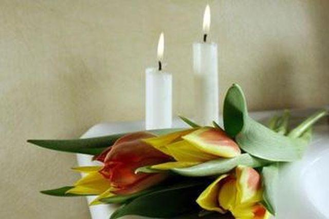Carte de condoleanţe la Ambasadele României de la Madrid și Belgia, în memoria românilor decedaţi în accidentul din Muntenegru