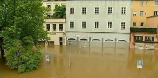 Mii de persoane evacuate în Germania. Pagube de șase miliarde de euro