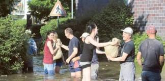 Apele Dunării au început să scadă la Budapesta