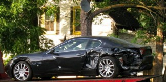 Maseratti lovit in accident