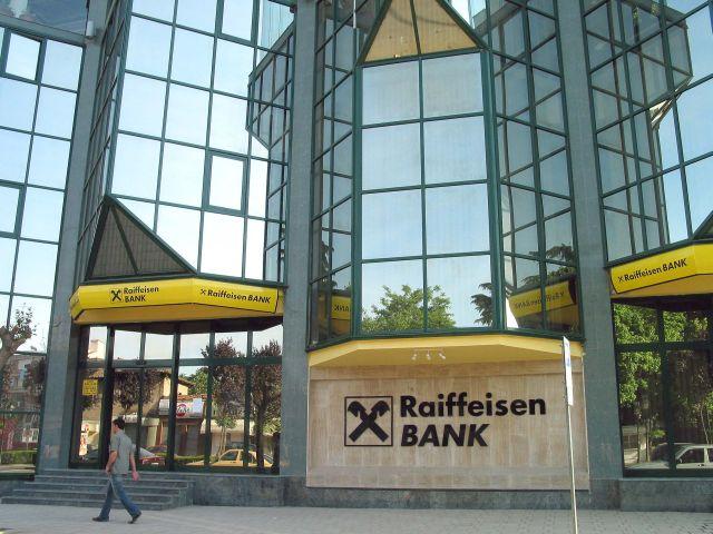 Raiffeisen Bank International se pregătește pentru o tăiere masivă a costurilor