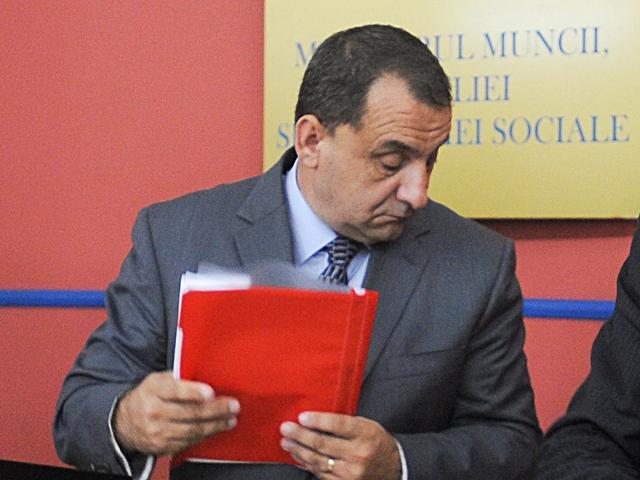 Fostul preşedinte al ANOFM, Silviu Bian, condamnat la 6 ani închisoare pentru luare de mită