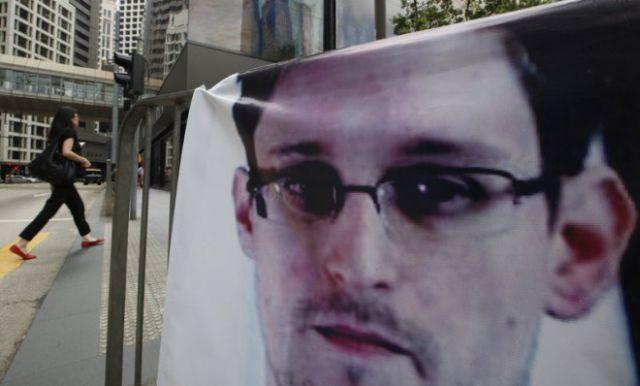 Vladimir Putin: Edward Snowden se află în zona de tranzit a unui aeroport din Moscova