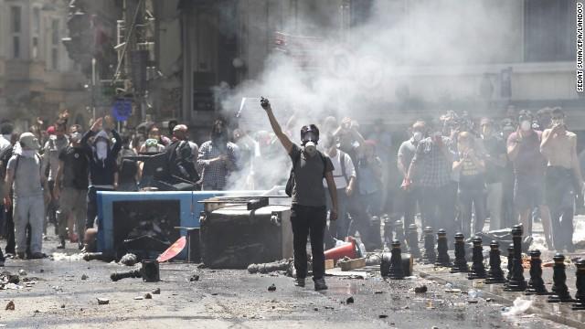 PROTESTE în TURCIA: Autorităţile au estimat un prejudiciu de circa 40 milioane de dolari