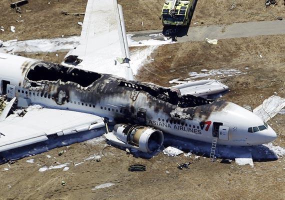 Accidentul de la San Francisco: Aeronava era atât de înclinată, încât unul dintre piloți nu mai vedea pista