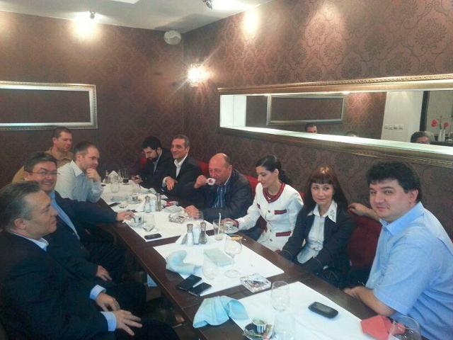 Traian Băsescu, alături de Mișcarea Populară