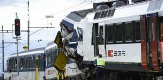 Elveţia: Ciocnire între două trenuri. Cel puțin 45 de persoane au fost rănite