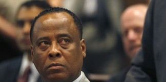 Medicul lui Michael Jackson va fi eliberat din închisoare cu doi ani mai devreme. Care este motivul?