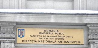 Angajate ale Comisiei de Evaluare a Persoanelor cu Handicap Prahova, reținute pentru luare de mită și abuz în serviciu