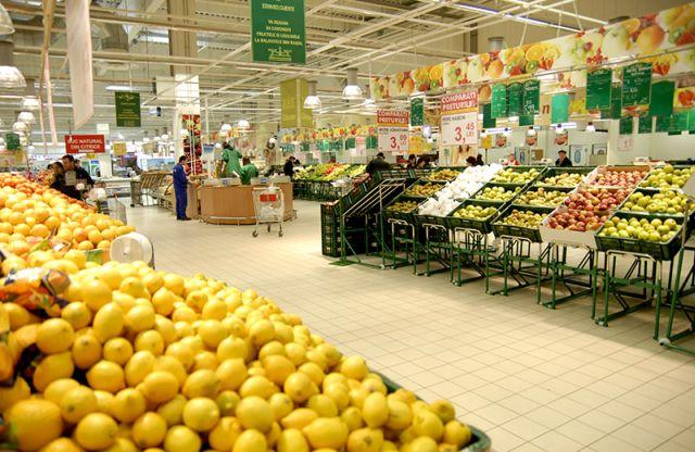 Prețurile, per ansamblu, au crescut nesemnificativ în mai. Alimentele s-au ieftinit cu aproape 1%
