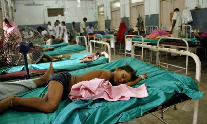 India: Insecticid descoperit în mâncarea consumată de cei 22 de copii decedați