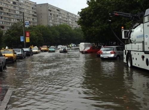 PMB: Toate problemele apărute în Capitală din cauza ploii au fost soluţionate