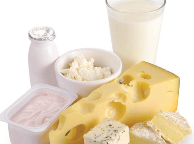 Consiliul Concurenței investighează posibile înțelegeri ilegale pe piața laptelui