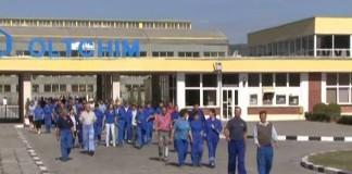 Oltchim trimite în şomaj tehnic 715 de salariaţi, începând cu 29 iulie