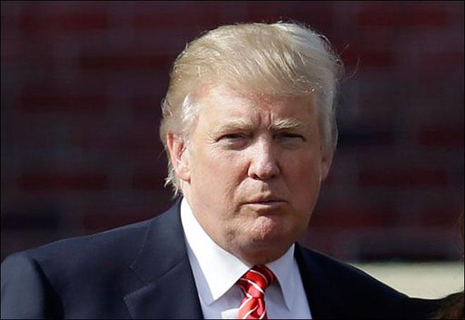 DONALD TRUMP, inculpat pentru că ar fi înşelat studenţii de la Trump University