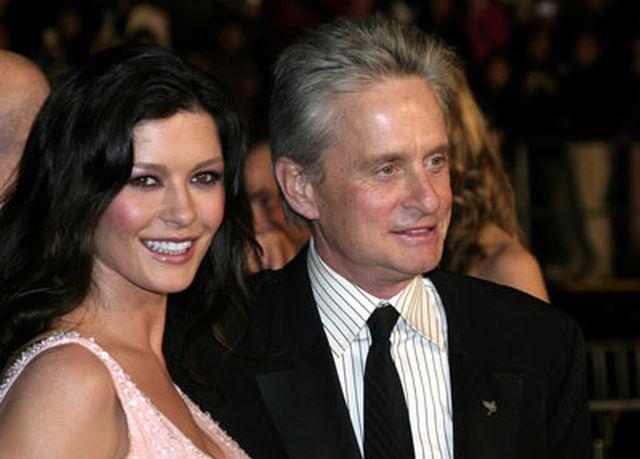 Michael Douglas şi Catherine Zeta Jones se separă