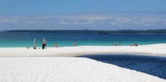Cea mai albă plajă din lume se află în Australia