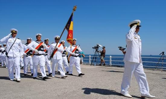 Mii de turişti sunt aşteptaţi pe litoral la manifestările de Ziua Marinei Române