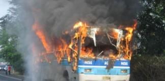 Un autocar de pe linia Bucureşti-Chişinău a luat foc în Republica Moldova