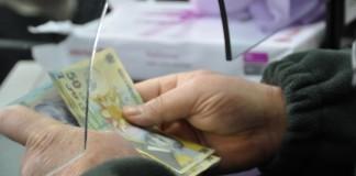 Salariile românilor au scăzut raportat la inflație. Există și domenii care fac excepție